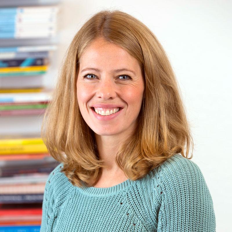 Lisa Spickschen, Logopädin