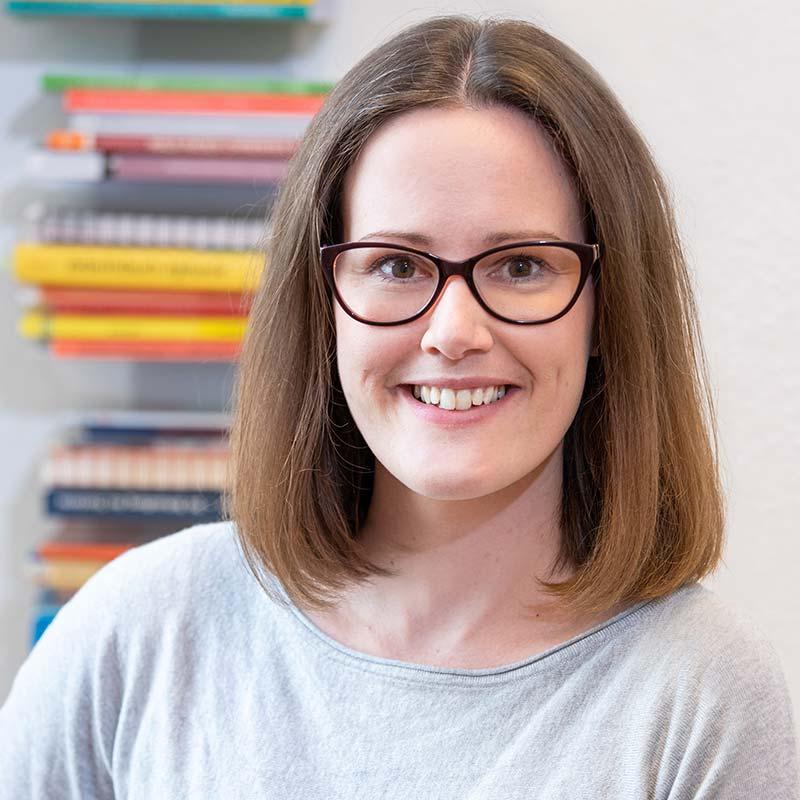 Sarah Vogel, Logopädin